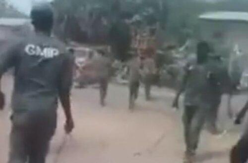 Article : Tchad : une vidéo montre des policiers qui torturent des élèves